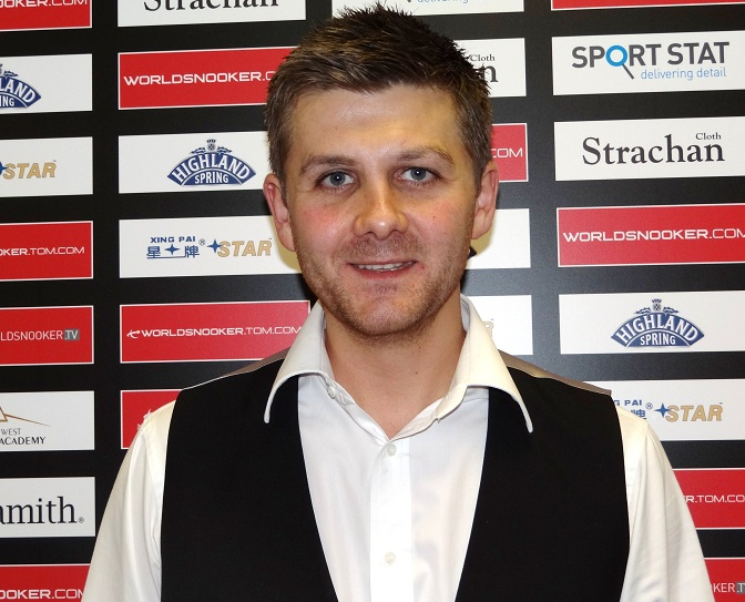 UK Championship - Day shocks Ding & Selby safely through