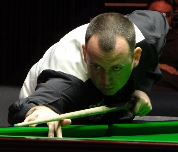 Mark Williams on cue at The Masters 2018