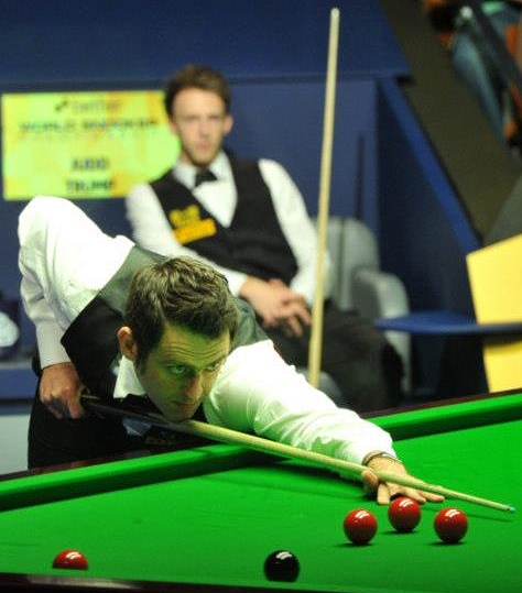 World Snooker Championship - O'Sullivan storms ahead of Trump