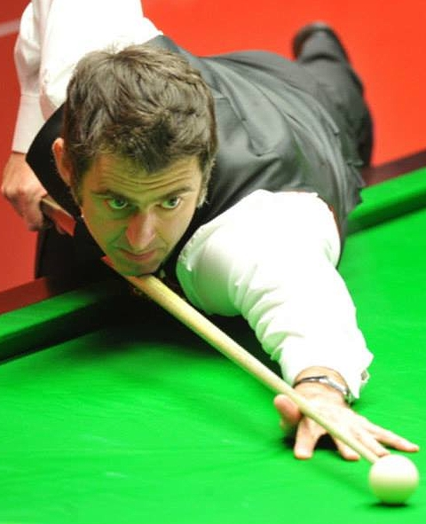 World Championship 2014 - O'Sullivan edges past Perry